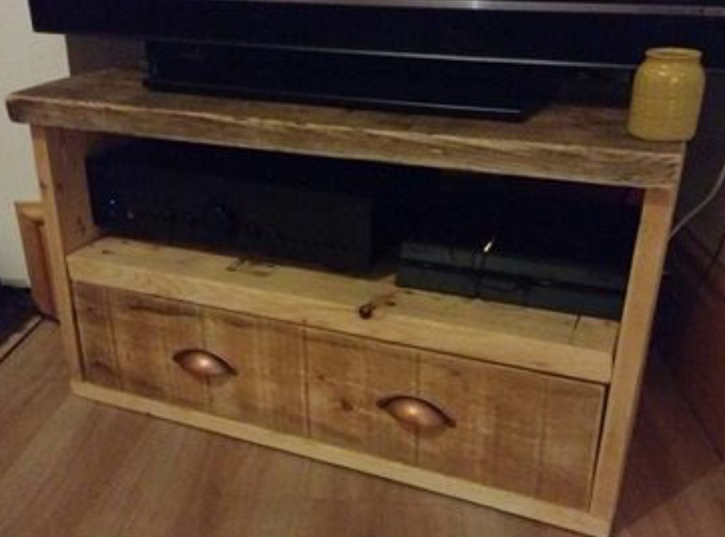 media unit built with reclaimed timber from Green Estate timber recycling shop